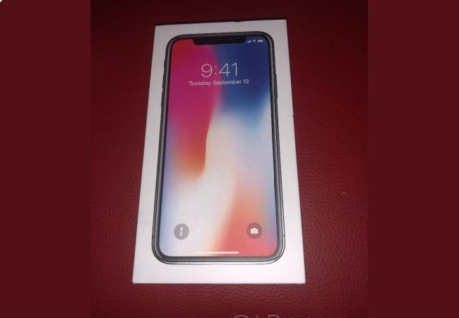 Nekoupili jste si kradený iPhone X 256GB?